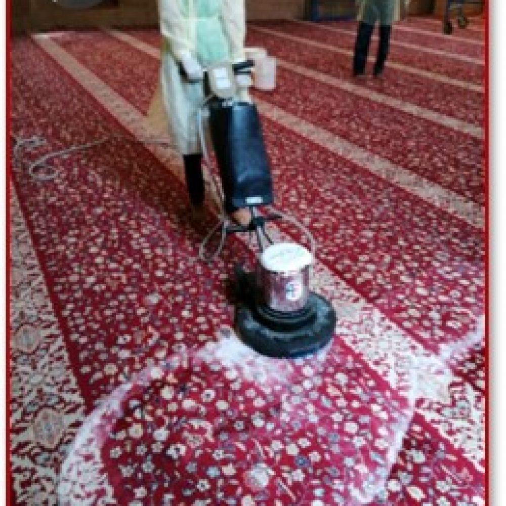 صيانة وتشغيل ونظافة مسجد الخندق